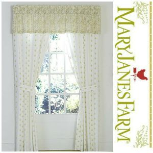 New Mary Jane's Farm Watercolor Floral Valance
